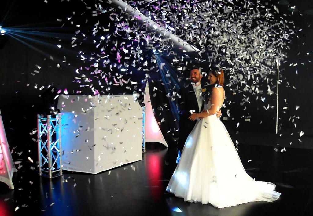 Confetti for first dance at a Cambridgeshire wedding