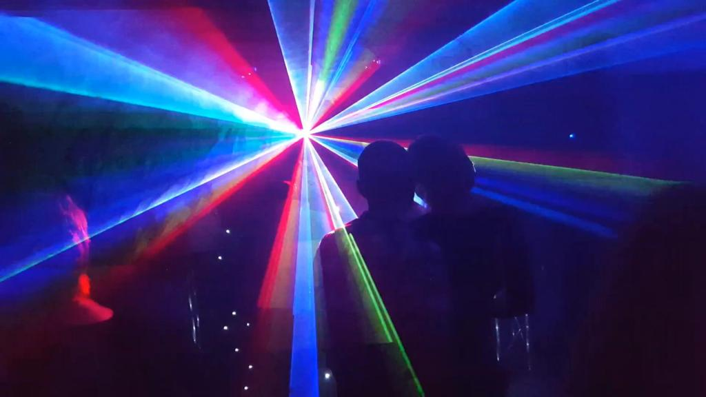 Laser show at mobile disco